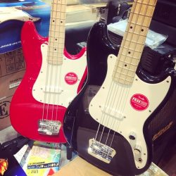 Squier® BRONCO™ BASS